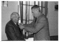 pardaillan-decoration-mr-delage-ancien-maire-7-1-1994