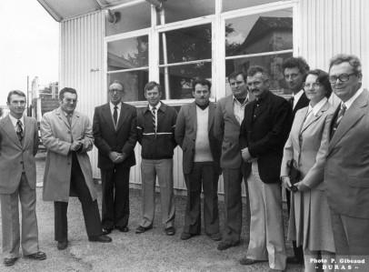 119les-artisans-de-duras-et-larchitecte-mr-goret-inauguration-de-latelier-du-college-12-octobre-86